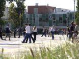 キャンパスの中には地元大学生もいるので色々な学生と触れ合うことができます。